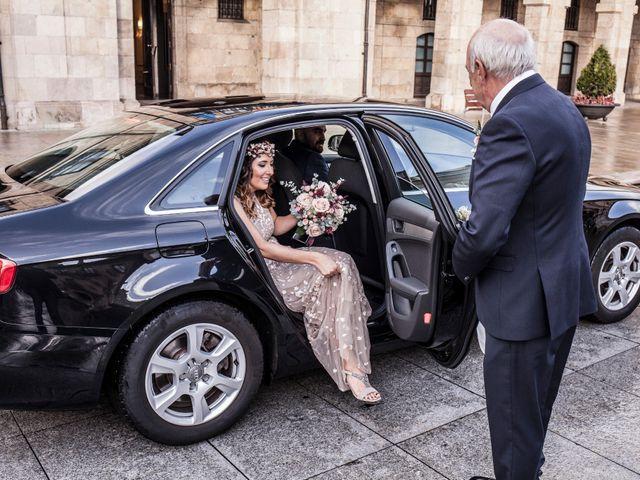 La boda de Luis y Andrea en Avilés, Asturias 22