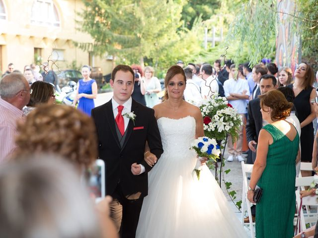 La boda de Jose y Lucia en O Barco, Orense 15