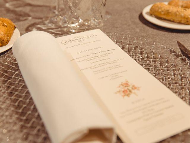 La boda de Andreas y Laura en Madrid, Madrid 19