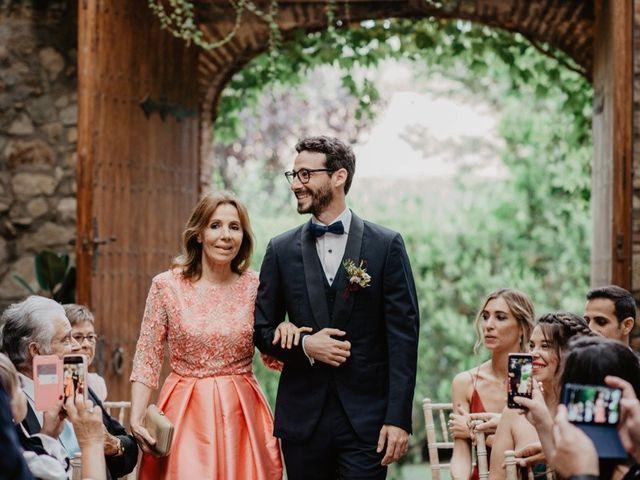 La boda de Gustavo y Silvia en Vilanova Del Valles, Barcelona 26