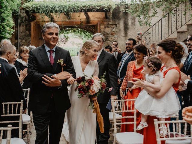 La boda de Gustavo y Silvia en Vilanova Del Valles, Barcelona 28