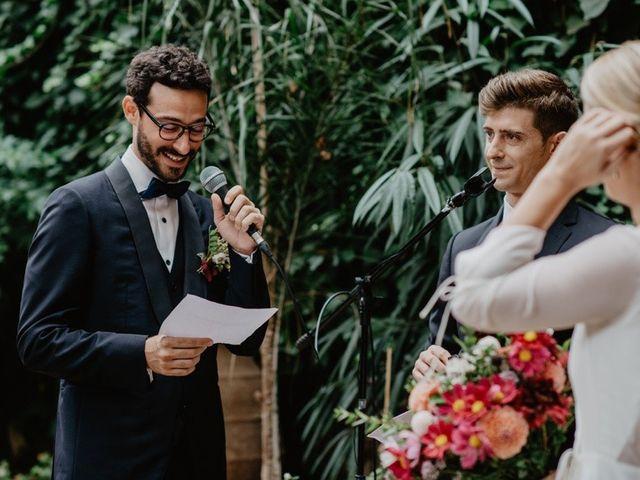 La boda de Gustavo y Silvia en Vilanova Del Valles, Barcelona 32