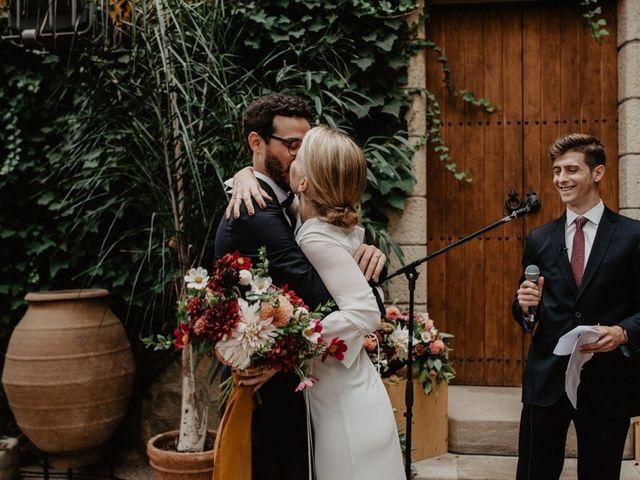 La boda de Gustavo y Silvia en Vilanova Del Valles, Barcelona 34