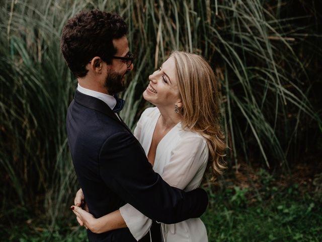 La boda de Gustavo y Silvia en Vilanova Del Valles, Barcelona 42