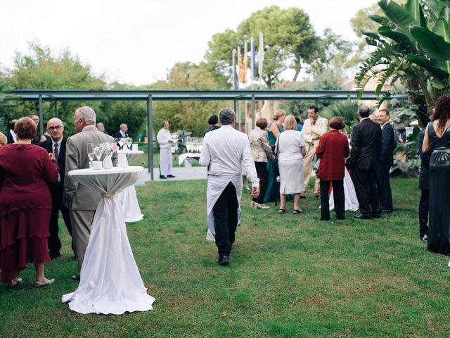 La boda de Daniel y Antonia en El Vendrell, Tarragona 18