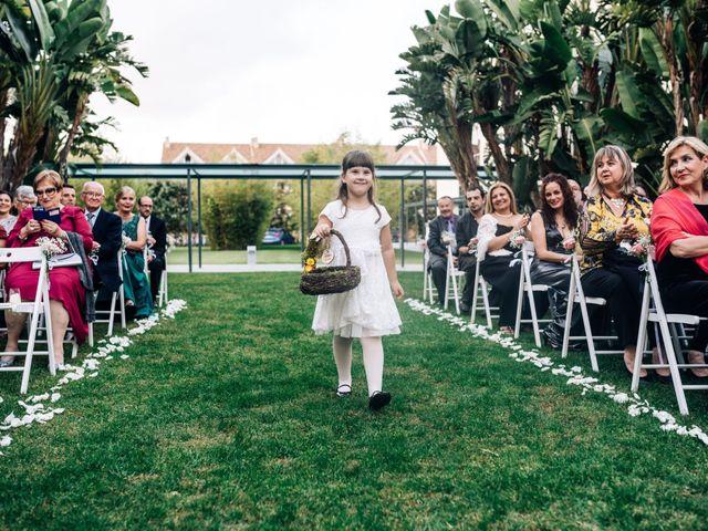 La boda de Daniel y Antonia en El Vendrell, Tarragona 23