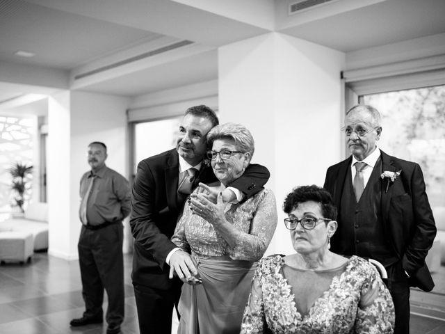 La boda de Daniel y Antonia en El Vendrell, Tarragona 33