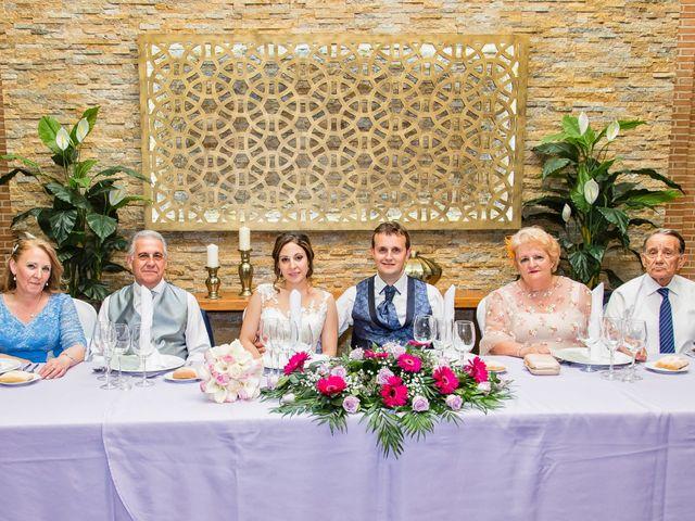 La boda de Alberto y Elena en Carranque, Toledo 16