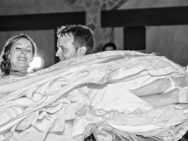 La boda de Alberto y Elena en Carranque, Toledo 20