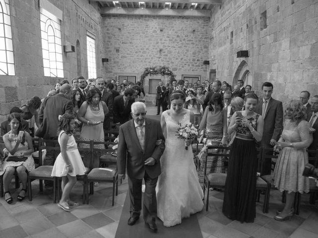 La boda de Victor y Lara en Aguilar De Campoo, Palencia 14