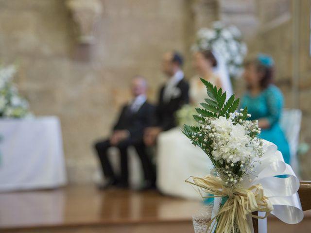 La boda de Victor y Lara en Aguilar De Campoo, Palencia 15