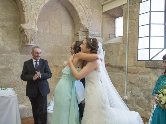 La boda de Victor y Lara en Aguilar De Campoo, Palencia 20