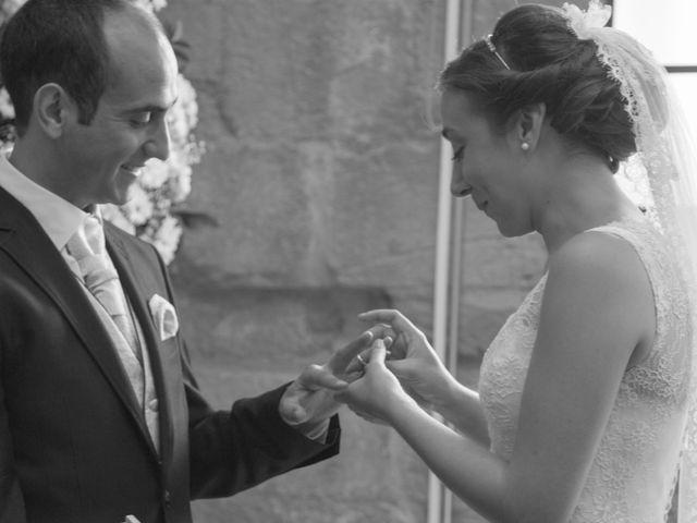 La boda de Victor y Lara en Aguilar De Campoo, Palencia 24