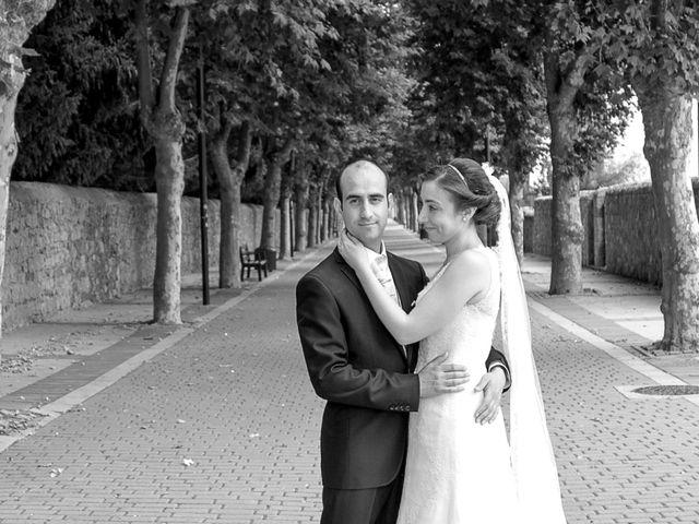 La boda de Victor y Lara en Aguilar De Campoo, Palencia 41