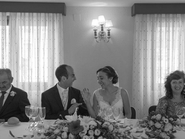 La boda de Victor y Lara en Aguilar De Campoo, Palencia 43