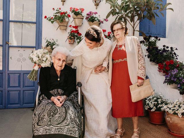 La boda de Carlos y Marialu en Campo De Criptana, Ciudad Real 58