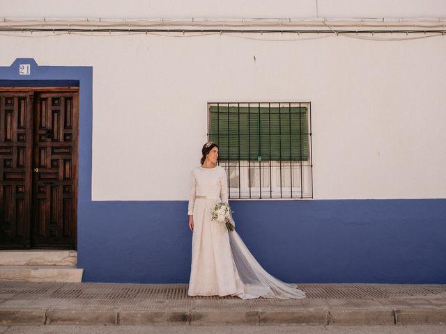 La boda de Carlos y Marialu en Campo De Criptana, Ciudad Real 65