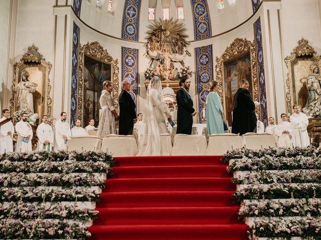 La boda de Carlos y Marialu en Campo De Criptana, Ciudad Real 81