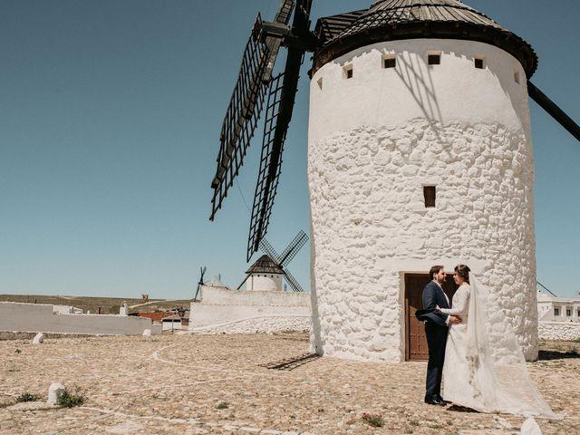 La boda de Carlos y Marialu en Campo De Criptana, Ciudad Real 116