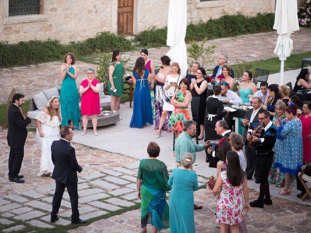 La boda de Javi y Deborah en Madrid, Madrid 28