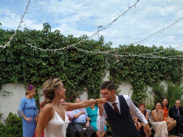 La boda de Elena y Nacho  en Alginet, Valencia 5