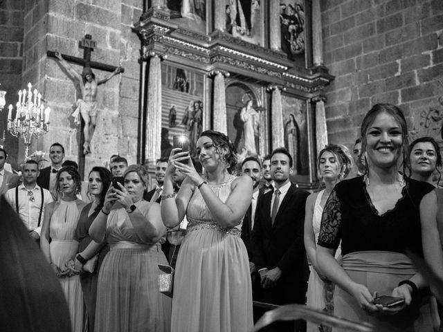 La boda de Óscar y Esther en El Tiemblo, Ávila 21