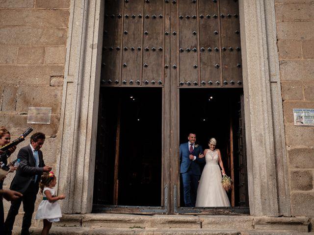 La boda de Óscar y Esther en El Tiemblo, Ávila 28