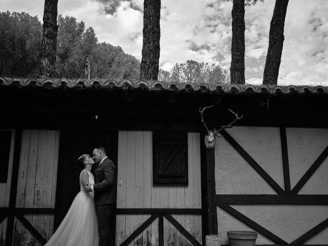 La boda de Óscar y Esther en El Tiemblo, Ávila 31