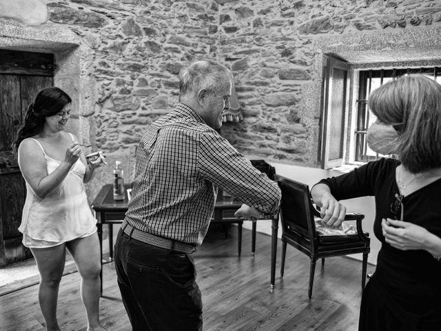 La boda de Héctor y Yolanda en Cambre, A Coruña 14