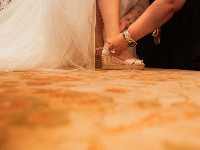La boda de Héctor y Yolanda en Cambre, A Coruña 25