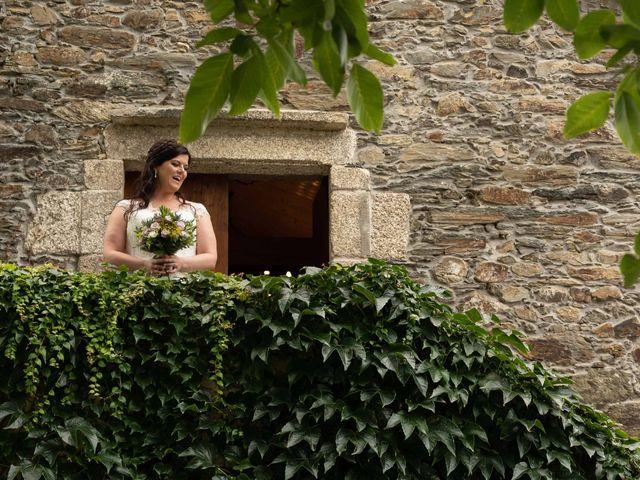 La boda de Héctor y Yolanda en Cambre, A Coruña 27