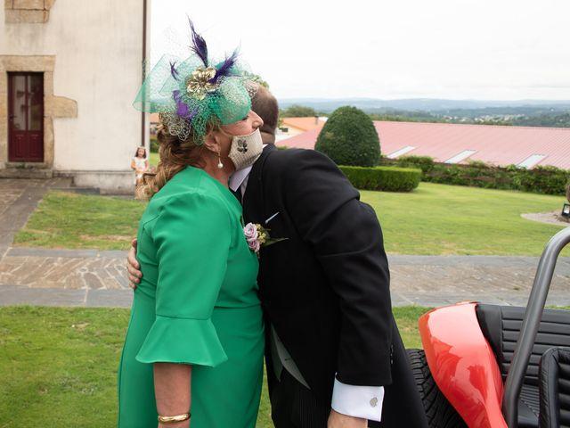 La boda de Héctor y Yolanda en Cambre, A Coruña 33