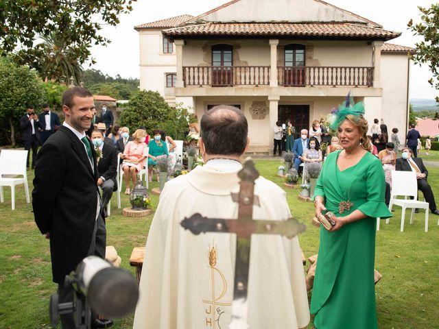 La boda de Héctor y Yolanda en Cambre, A Coruña 34