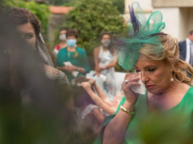 La boda de Héctor y Yolanda en Cambre, A Coruña 49
