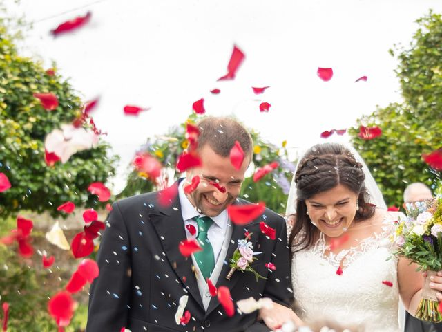 La boda de Héctor y Yolanda en Cambre, A Coruña 53