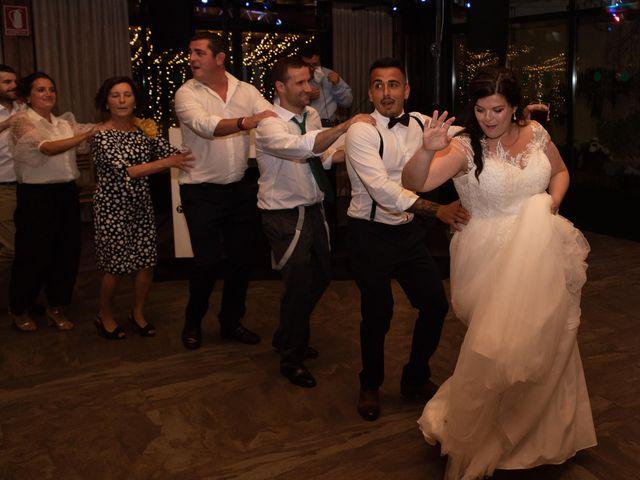 La boda de Héctor y Yolanda en Cambre, A Coruña 81