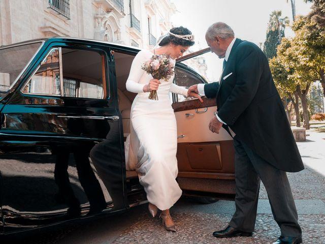 La boda de Adrián y Virginia en Los Palacios Y Villafranca, Sevilla 36