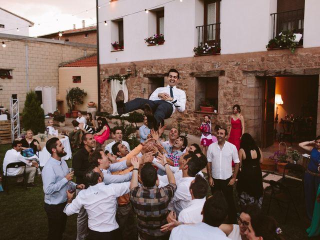La boda de Ramón y Layla en Alesanco, La Rioja 7