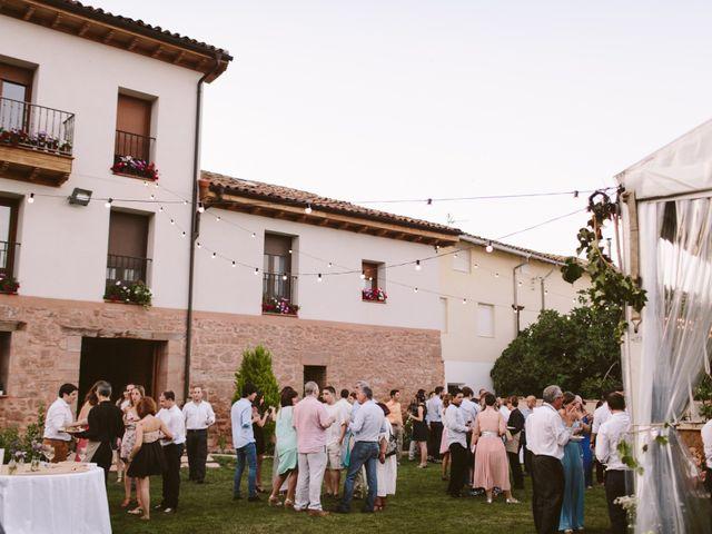 La boda de Ramón y Layla en Alesanco, La Rioja 11