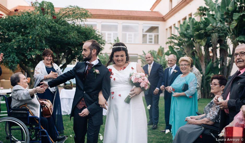 La boda de Daniel y Antonia en El Vendrell, Tarragona