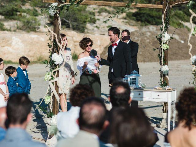 La boda de Joel y Rosa en L' Ametlla De Mar, Tarragona 42
