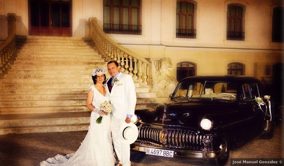 La boda de Antonio y Amparo en Albacete, Albacete