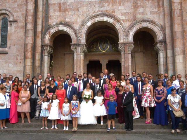 La boda de José y Lourdes en Cangas De Onis, Asturias 19