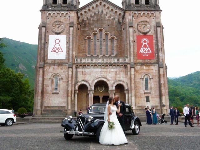 La boda de José y Lourdes en Cangas De Onis, Asturias 20