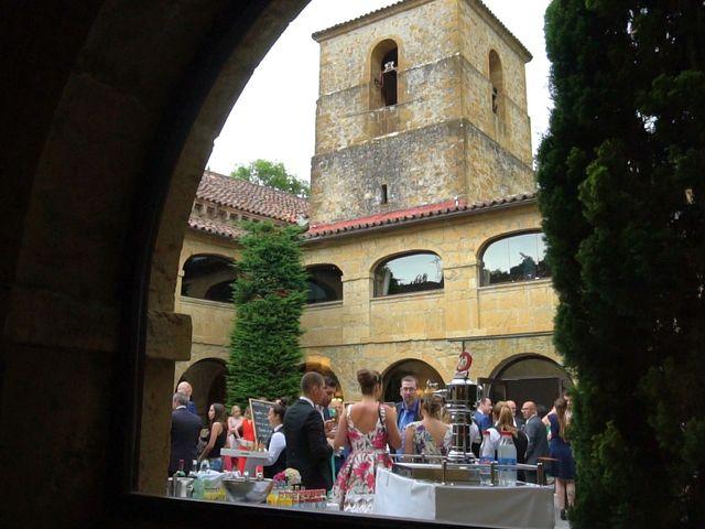 La boda de José y Lourdes en Cangas De Onis, Asturias 35
