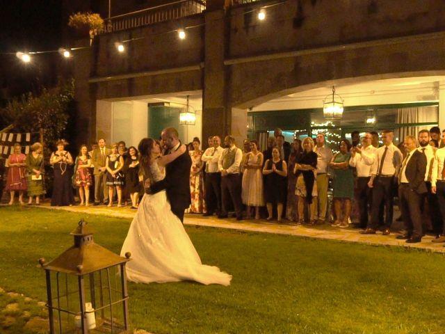 La boda de José y Lourdes en Cangas De Onis, Asturias 42