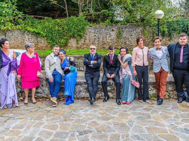 La boda de Angel y Saray en Camargo, Cantabria 28