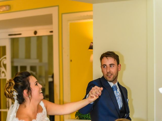 La boda de Angel y Saray en Camargo, Cantabria 38