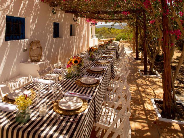 La boda de Yas y Gil en Sant Francesc De Formentera, Islas Baleares 10