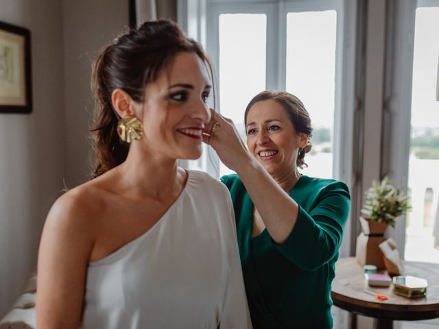 La boda de Gonzalo y María en Gijón, Asturias 16